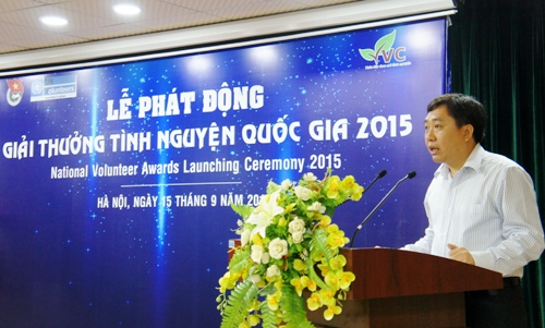 Youth union Secretary Nguyen Manh Dung addresses at the event