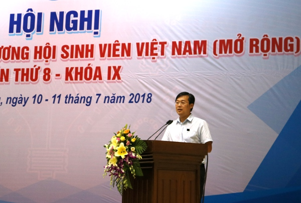 Mr Le Quoc Phong, Allternate Member of the CPV Central Committee, First Secretary of the Ho Chi Minh Communist Youth Union, the President of Vietnam National Union of Students addresses the opening ceremony