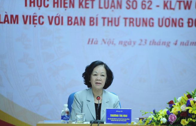 Mrs. Truong Thi Mai, member of Politburo, Secretary of the Party Central Committee speaking at the conference