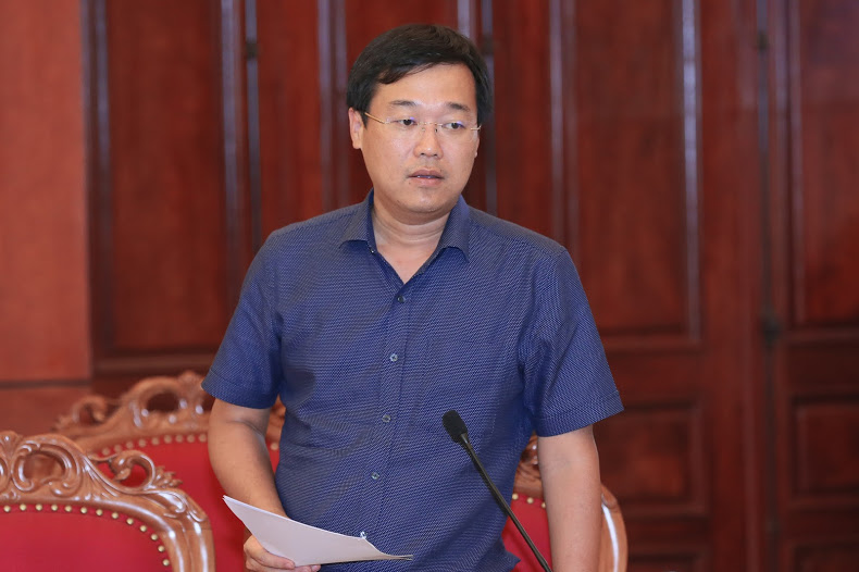 Mr. Le Quoc Phong - First Secretary of the HCYU speaking at the Conference