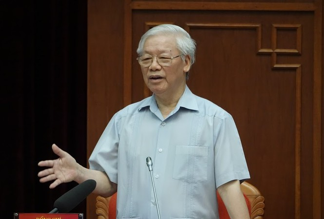Mr. Nguyen Phu Trong, General Secretary- President speaking at the meeting with young Party members