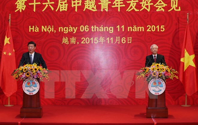 Party General Secretary Nguyen Phu Trong and Chinese Party General Secretary and State President Xi Jinping address the 16th Vietnam-China youth friendship meeting in Hanoi. Photo: VNA